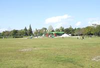 大芝生広場