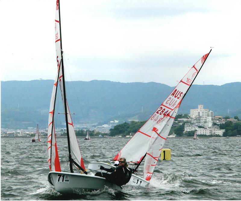 第11回 ふれあい百景フォトコンテスト豊田自動織機 海陽ヨットハーバー 入選『競り合う二艇』